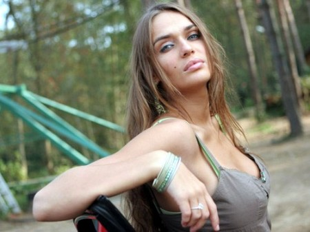 Новая ведущая дом 2 Алена Водонаева