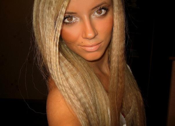 Настя Ворман стала блондинкой специально для Должанского?
