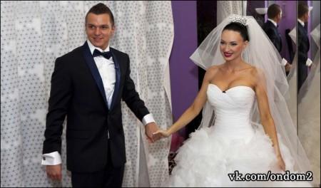 Евгения Феофилактова (Гусева) продаёт своё свадебное платье