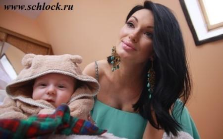 Семья Гусевых делит жилье с Ириной Александровной