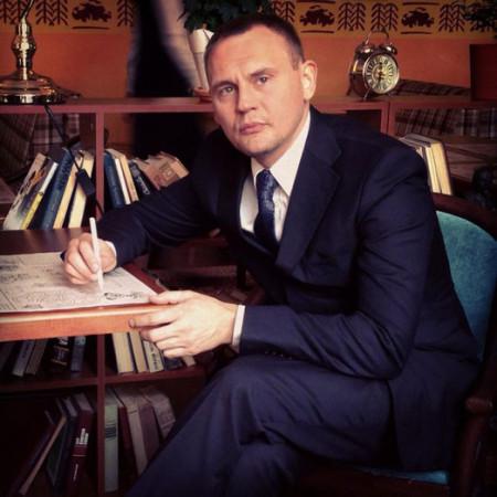 Степан Меньщиков приглашает на халявную вечеринку