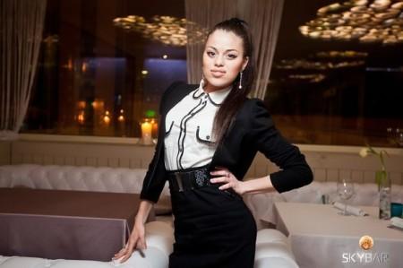 Новая девушка пришла к Евгению Кузину, но сразу отказалась от парня