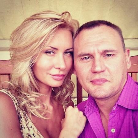 Элина Карякина намерена разбить еще одну семью с ребенком?!