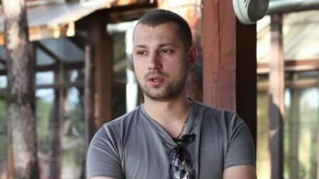 Никита Кузнецов избил свою больную девушку