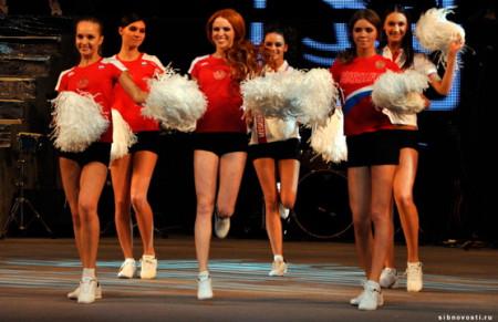 Новенькая-Дарья-в-конкурсе-Мисс-Красноярск-2011-4