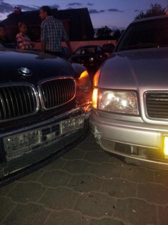 Разбила машину Никитос наводит порядки)))