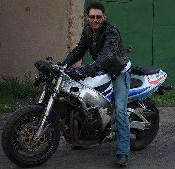 Николай Горбулин - Люблю ездить верхом