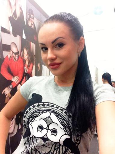 Татьяна Охулкова хочет избавиться от своих фирменных бровей