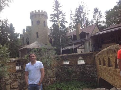 Саша Гобозов дома (08.10.13) Новые фото.