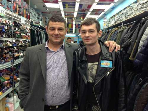 Господин Венгржановский в свободное время подрабатывает… продавцом?!