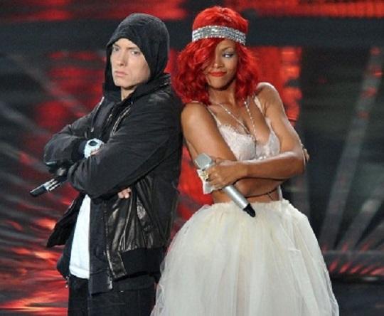 Новый видеоклип от Eminem ft. Rihanna на композицию «The Monster».
