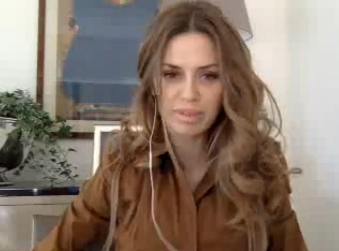 Видео. Твиткам Виктории Боня от 29.12.13