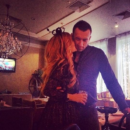 Ксения Бородина поздравила любимого с днём рождения.