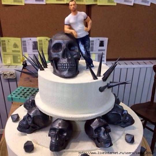 Необычный торт для Михаила Терехина