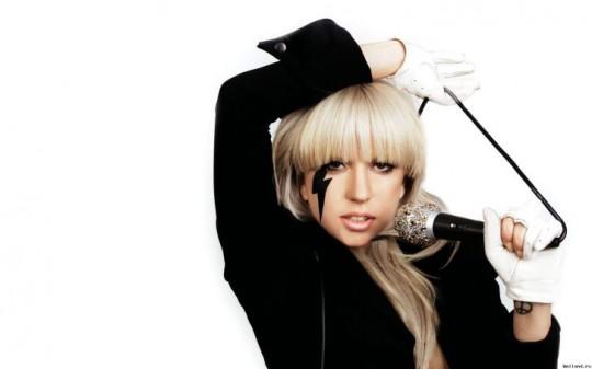 Леди Гага поработает с Бритни Спирс.
