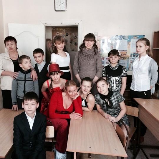 Анастасия Волочкова посетила хабаровский Детский дом.