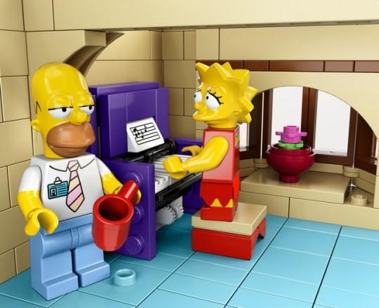 The-Simpsons-House-LEGO-9-650x529