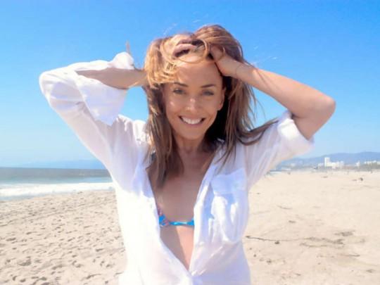 Жанна Фриске возглавила список самых популярных российских звёзд.