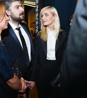 Полина Гагарина встречается с фотографом.