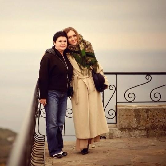 Мария Адоевцева - Сегодня день Рождения у моей драгоценной Мамочки !