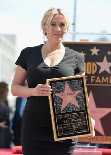 Кейт Уинслет получила звезду.