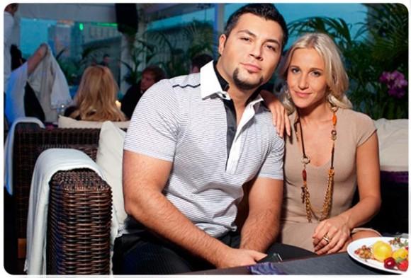 Юлия Ковальчук и Алексей Чумаков решили заработать на своей свадьбе