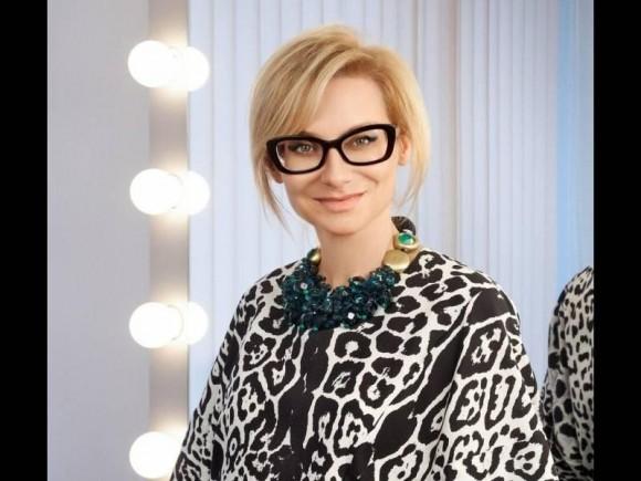 Эвелина Хромченко продемонстрировала большую коллекцию очков