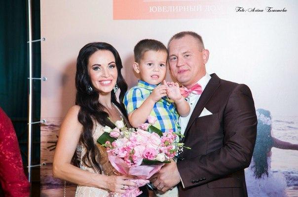 лиф платья свадьба степана меньщикова фото сильный, властный