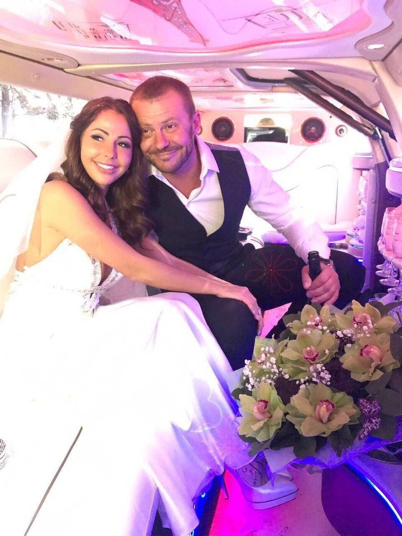 жили двух андрей стоянов фото свадьба белый перепел