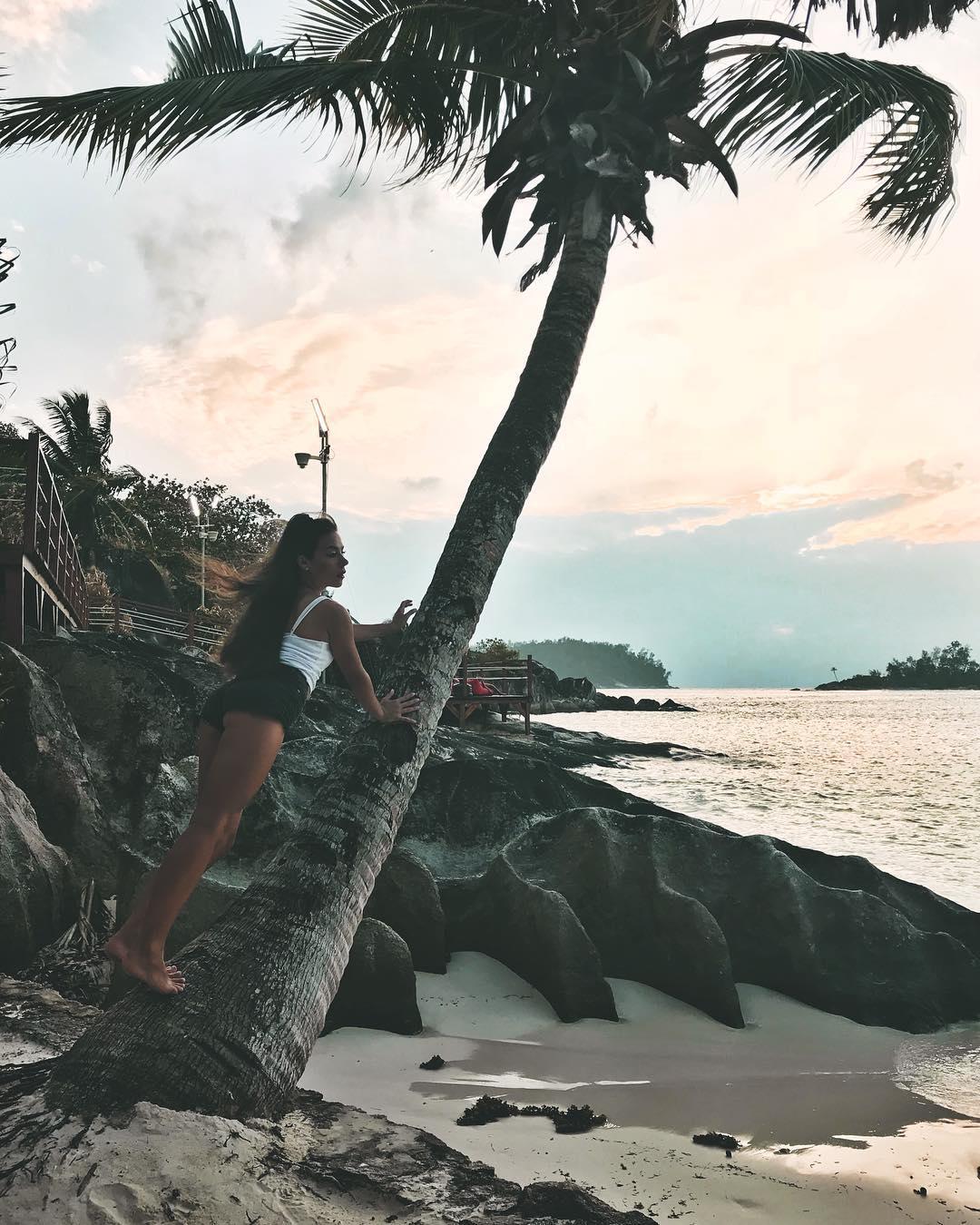 Свежие фото с Острова любви (19.01.18)