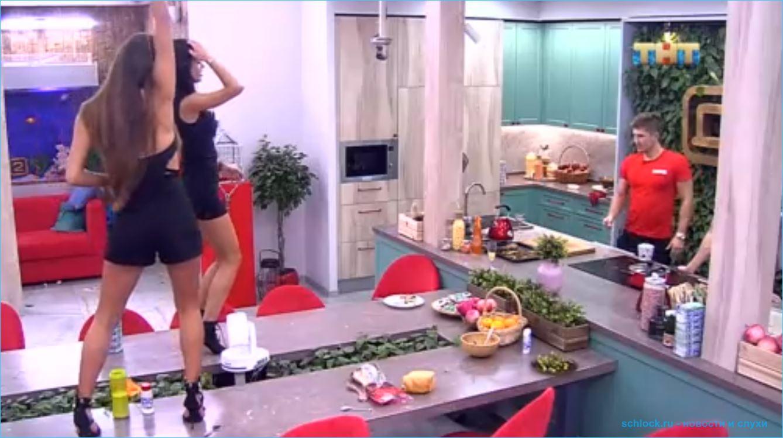 Девушки без одежды танцуют видео 13