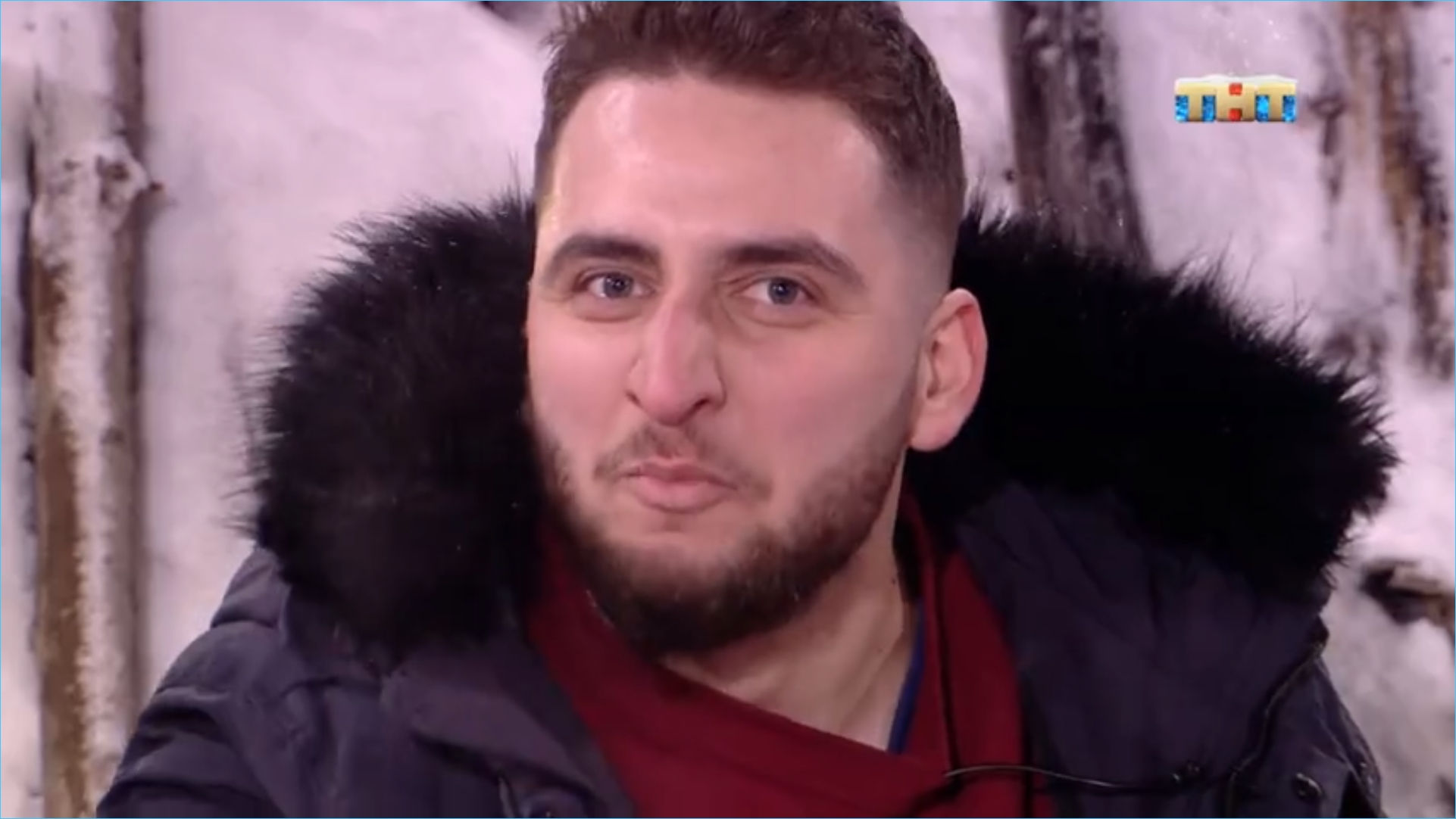 Арсэн Чачанидзе начал строить любовь с медведем