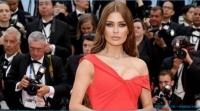 Бывшая участница дома 2 Виктория Боня долго сомневалась и выбрала скромное и элегантное платье для фестиваля в Каннах