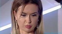 Участница Марина Африкантова не хочет откладывать свадьбу с Капаклы