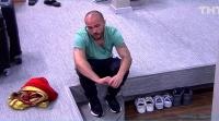Выяснилось, что телепроект дом 2 помогает участнику Родиону Толочкину найти себя