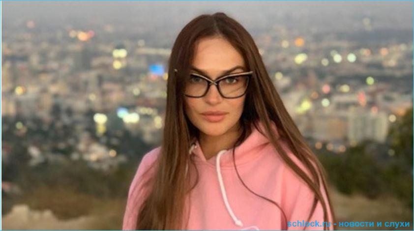 Алена Водонаева не жалеет о своих разводах и беспокоится о сыне
