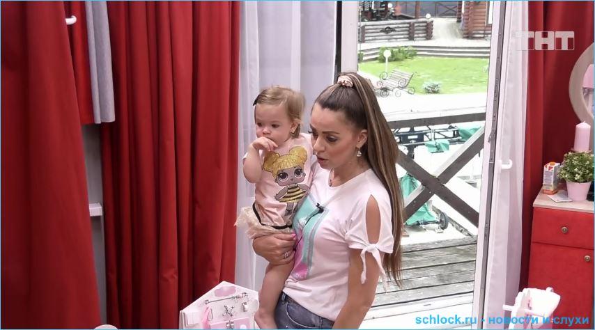 Ольга Рапунцель не пустила мужа на мальчишник Алексея Купина