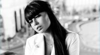 Бывшая участница телепроекта дом 2 Нелли Ермолаева будет петь новую песню в Кремле