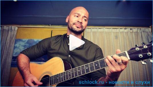Андрей Черкасов запел