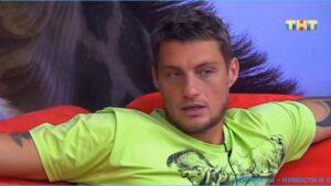 Александру Задойнову не дают общаться с младшей дочкой, виновата Камирен