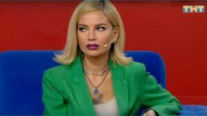 Стало известно, что Юлия Щеглова пришла на шоу к Ромашову вместо Юлии Белой
