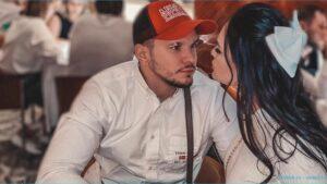 """Экс-участница дома 2 Виктория Романец раскритиковала женщин, кормящих детей """"пищевым мусором"""""""