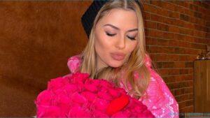 Телезвезда Виктория Боня легла в гроб на дне рождения своей дочки