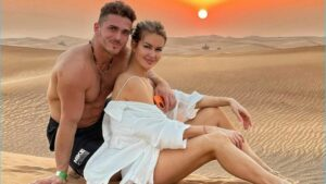как Марина Африкантова и Роман Капаклы продлили тур в Дубаи из-за приезда Кати Жужи